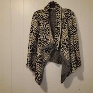 Windsor black and cream high low cardigan M